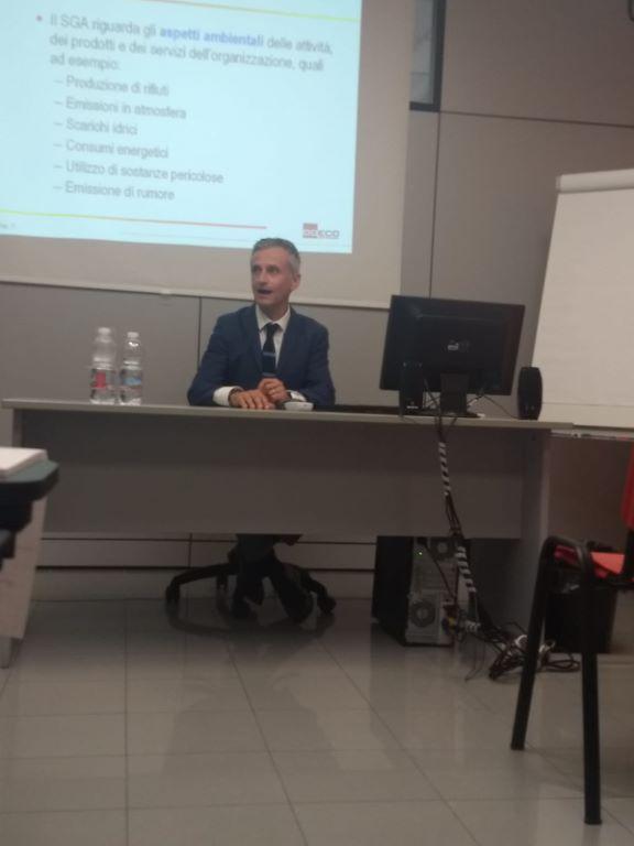 Seminario-ISO-STUDIO,-intervento-dell'Ing.-Oppini-sui-sistemi-di-gestione-ambientale