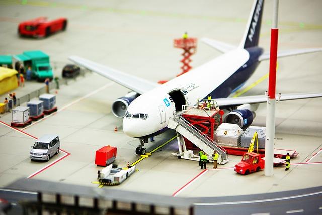 Trasporto-aereo-di-merci-pericolose,-nuova-edizione-del-Regolamento-ENAC